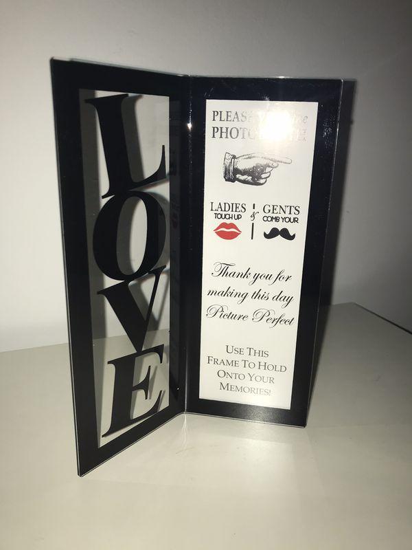 Wedding favors , photobooth frame
