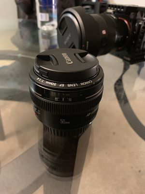 Canon 50mm f1.4 lens for Sale in Los Angeles, CA