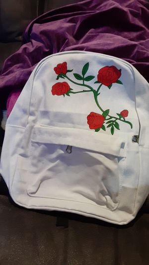 WHITE ROSE BACKPACK for Sale in Merced, CA