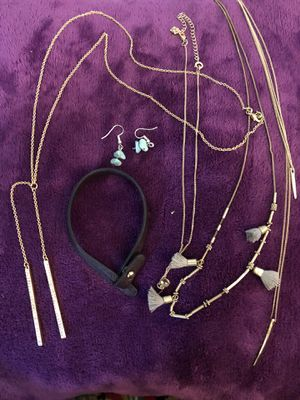 Fashionable necklaces for Sale in Haltom City, TX