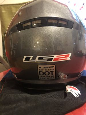 LS2 3/4 helmet size medium like new for Sale in Virginia Beach, VA