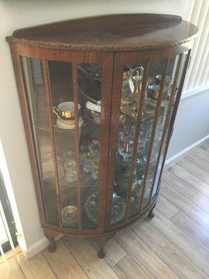 Antique Curio Cabinet for Sale in Sunrise, FL