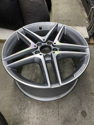 "Mercedes CLA45 2014 2015 2016 18"" Factory OEM AMG Wheel Rim. Condition is like new . It was was brand new wheel from dealership, I had it for less th for Sale in Federal Way, WA"