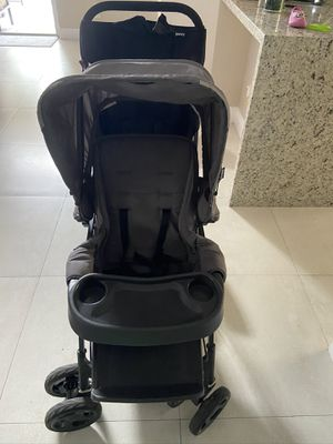 Double stroller for Sale in Miramar, FL