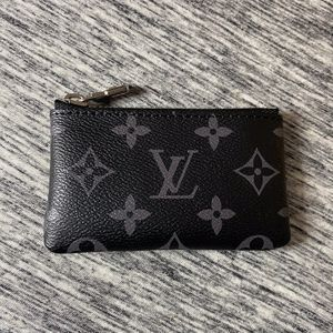 Louis Vuitton Wallet for Sale in Washington, DC