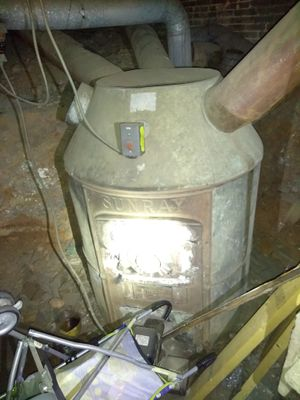 Early generation furnace for Sale in Baltimore, MD