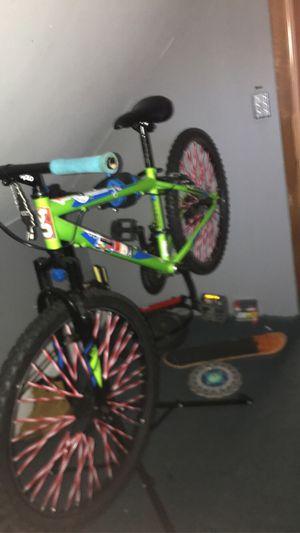 mountain bike (no gear shifter) for Sale in Burrillville, RI