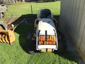 Cub cadet lawn tractor for Sale in Roseville, MI