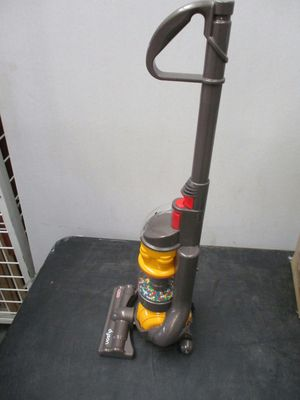 Casdon - Dyson Ball Vacuum with real suction and sounds - Toy Vacuum for Sale in Clinton, UT