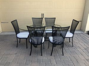 Table and 6 chairs for Sale in Chandler, AZ