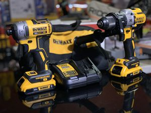 DEWALT 20v XR CORDLESS IMBO KIT IMPACT,HAMMER DRILL TWI 2.0AH BATTERIES AND CHARGER for Sale in Turlock, CA