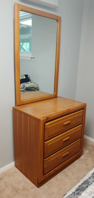 2 Dressers w/ Mirror for Sale in Silver Spring, MD