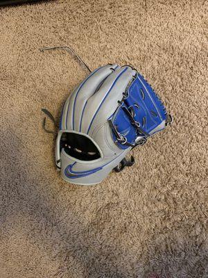 Nike Shado Edge baseball glove for Sale in Chandler, AZ