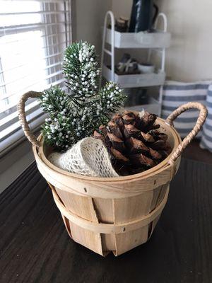 Christmas Basket for Sale in Visalia, CA
