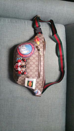Gucci supreme waist chain fanny belt cross body gym pack wallet sunglasses case handbag purse bag clutch for Sale in San Diego, CA