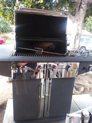 Tuscany bbq grill for Sale in Fresno, CA