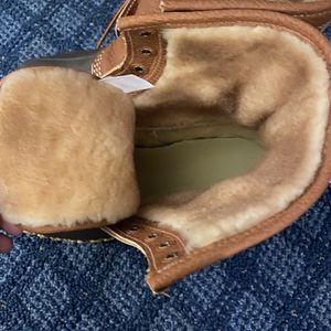 """LL Bean Boot 8"""" Shearling-Lined for Sale in Burlington, MA"""