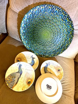 Beautiful Set of Peacock Plates for Sale in Mount Holly, NC