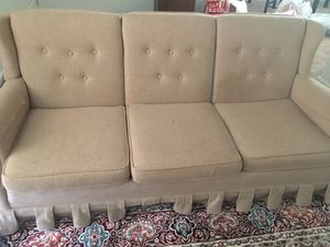 Negotiable Tan Couch for Sale in PA, US