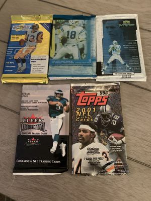 5 packs of football cards 2000-2001 for Sale in Stoughton, MA