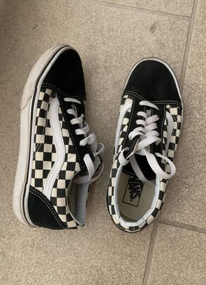 Youth size 3.5 okd skool vans shoes for Sale in Phoenix, AZ