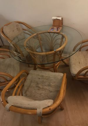 Glass kitchen Table and 4 Chairs for Sale in West Hollywood, CA