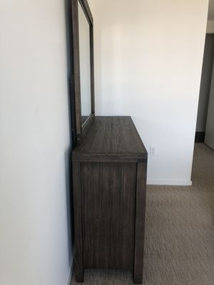 Dresser + Mirror for Sale in McLean, VA