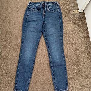 Jeans for Sale in Turlock, CA
