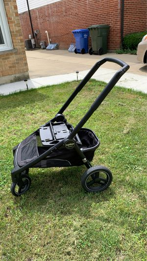 Peg Perego team stroller and car seat base for Sale in Des Plaines, IL