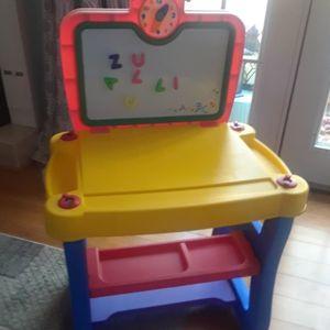 Toddler Activity Center, Dry Erase/Magnetic Board, Craft Desk for Sale in Kennesaw, GA