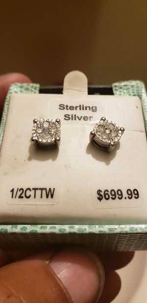 1/2CTTW Sterling Silver Diamond Earrings for Sale in North County, MO