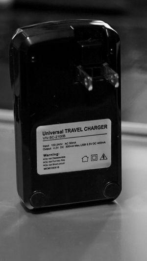 Vivitar Travel Charger for DSLR/Mirrorless Camera Batteries for Sale in Houston, TX