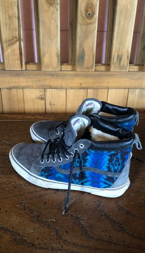 Vans insulated shoes for Sale in Oak Creek, WI