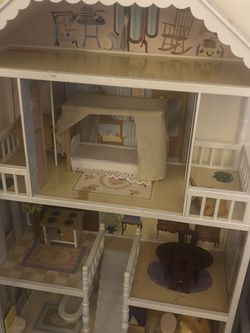 Girls Doll House for Sale in Dublin,  CA