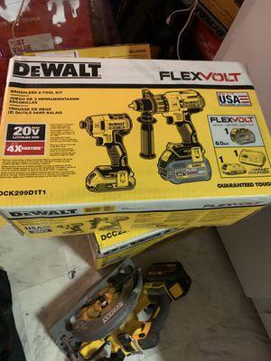 Dewalt flexvolt drill combo kit for Sale in Peabody, MA