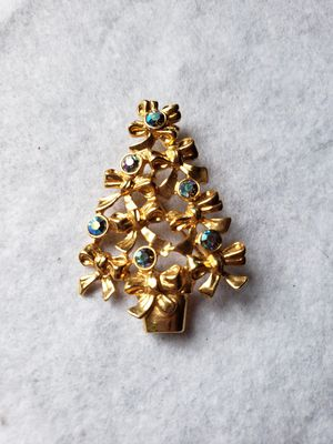 Christmas tree Brooch for Sale in Riverbank, CA