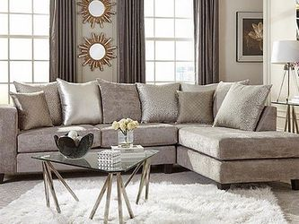 Grey Sofa Sectional $749 for Sale in Lilburn,  GA