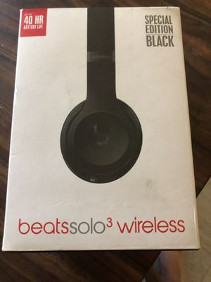 Beats headphones 3 wireless solo for Sale in Pomona, CA