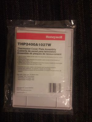 Honeywell thermostat cover plate assembly for Sale in Hyattsville, MD