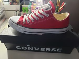 Converse mens 5 womens 7 for Sale in Phoenix, AZ