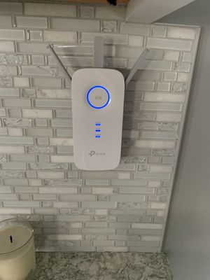 TP Link WiFi Extender for Sale in North Massapequa, NY