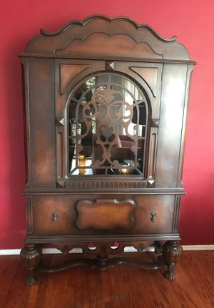 Gorgeous antique china/curio cabinet with linen drawer for Sale in San Diego, CA