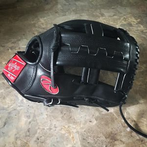 Rawlings PRORV23 12.25 inches heart of the hide for Sale in Palos Hills, IL
