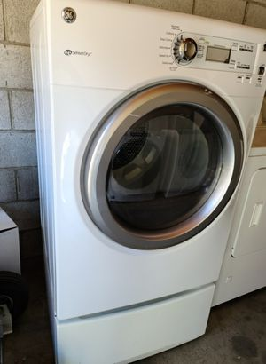 GE FRONT LOAD GAS DRYER for Sale in West Covina, CA
