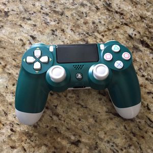 Sony PlayStation DualShock 4 PS4 Wireless Controller Alpine Green for Sale in Norwalk, CA