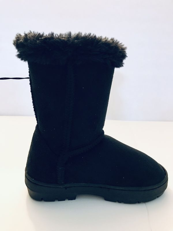 Girl's Cozy Boots - Black - Girl's Shoes - Size 9/10 - Lily & Dan