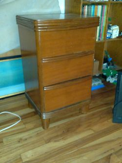 Side Table/small Dresser for Sale in Olympia,  WA