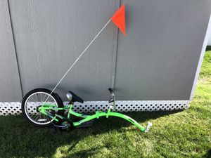 Co-pilot bike trailer. for Sale in Woodbridge Township, NJ