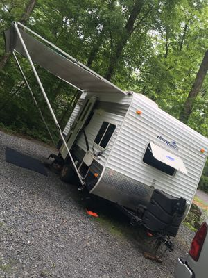 2008 Road Runner Travel Trailer Camper 15 ft for Sale in Warminster, PA