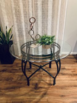 "Metal / Glass Dinning Table !!! 30"" H 45"" D for Sale in Vancouver,  WA"